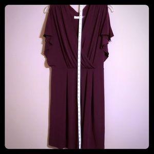 Great plum vneck split sleeve dress Calvin Klein